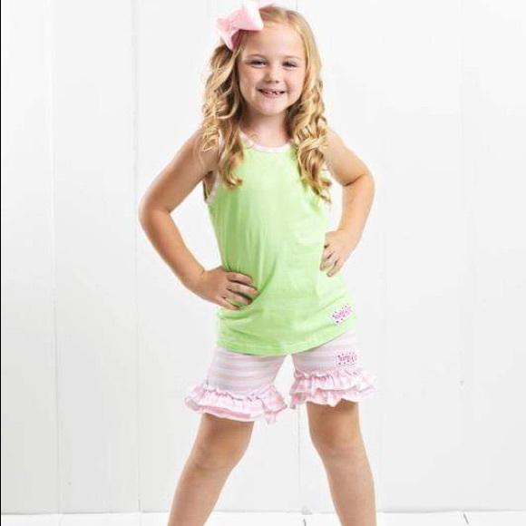 Ruffle Girl Other - Ruffle Girl Green & Light Pink/White Short Set